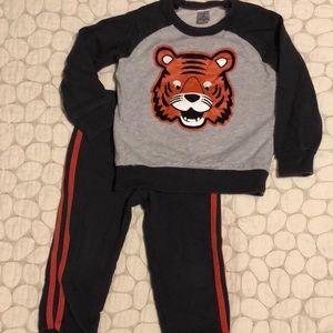 Carter's boys tiger sweats set